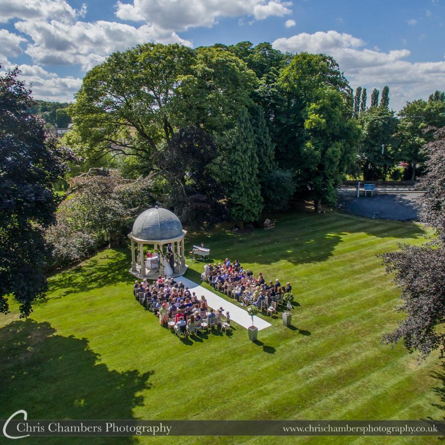 Yorkshire wedding photographer in Pontefract